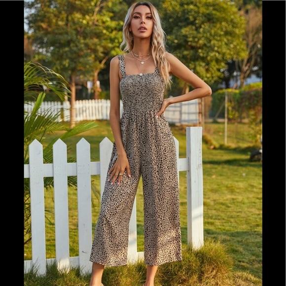 Shirted Wide Leg Jumpsuit sz L (8/10)